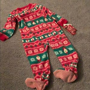 NWT Christmas jammies footies footed fleece
